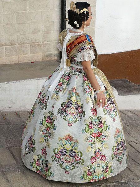 Indumtaria Valenciana - Marga Noguera